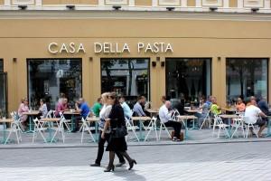 Restoranų , kavinių baldai